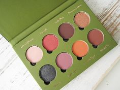 Almost a year ago, we did a masterpost of vegan eyeshadow palettes, since then some more have come out so I think it's time for another vegan eyeshadow palette masterpost! • Addictive Cosmetics -...