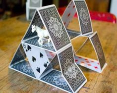 Five Projects to Craft with Upcycled Playing Cards    http://craftingagreenworld.com/2011/08/15/five-projects-to-craft-with-upcycled-playing-cards/3/