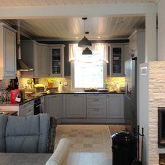 Kitchen Kitchen Cabinets, Home Decor, Decoration Home, Room Decor, Cabinets, Home Interior Design, Dressers, Home Decoration, Kitchen Cupboards