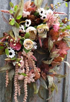 Elegant Fall Wreaths, Autumn Wreaths, Wreath Fall, Manor Garden, Fall Swags, Dining Room Blue, Cabbage Roses, Autumn Garden, Colored Leaves