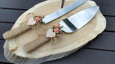 Coral flowers, wooden heart and rope wedding cake cutting. Set of 2 cake server and cake knife The stainless steel cake set. For a Beautiful country chic wedding Rustic wedding, Farmhouse See my other items here: Country Wedding Cakes, Wedding Cake Rustic, Rustic Cake, Chic Wedding, Wedding Ideas, Wedding Set, Wedding Things, Wedding Stuff, Wedding Planning