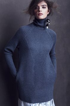 Kim Haller   Fall   AucciKnitting   Knitting   Knitting project   Moda   Knitwear 2016   Girl   Pullover   Pullover Sweater   Pullover stricken   Pullover outfit   Pullover nähen   Pullover stricken anleitung   Stricken   Stricken deutsch   Stricken anleitungen   Sweaters   Sweater dress   Sweater outfits   Sweater for fall   Sweater weather   Hand made
