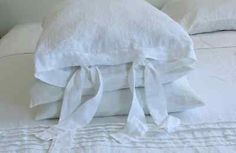Linen pillowcase with ties softened made by mooshop