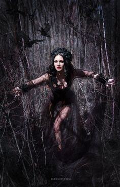 Dark Beauty, Game Of Thrones Characters, Goth, Cosplay, Fictional Characters, Style, Bird, Black, Gothic