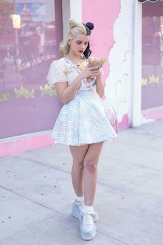 ♡ Melanie Martinez Fan Blog♡