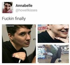 DAN HOWELL PAINTED HIS NAILS