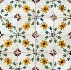 yellow floral design on Lisbon tiles (Petit Cabinet de Curiosites) Tile Design, Pattern Design, Azulejos Art Nouveau, Patchwork Tiles, Mourning Dove, Design Floral, Ivy House, Portuguese Tiles, Tile Art