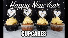 New Year Cupcakes Toppers