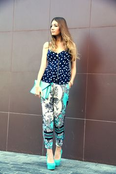 We are in love with Alessi From Moscow. She look fierce in the Jessica Simpson Waleo
