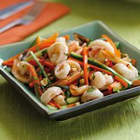 Yummy looking Vietnamese Shrimp & Cucumber Salad... Can't wait to try it!