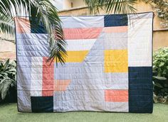 I have been on a hunt for the perfect blankets for my sitting room, but am really not interested in wool. Behold, delightfully modern patwork quilts from Hamabi Design . Something Beautiful, Apartment Design, Contemporary, Modern, Things To Come, Cold, Quilts, Blanket, Fabric
