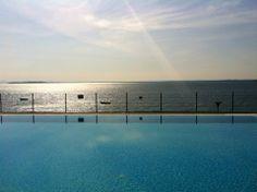 Such is life @ Gardazzurro Resort @ Padenghe sul Garda. Sunbathing @ infinity pool lakefront !!!