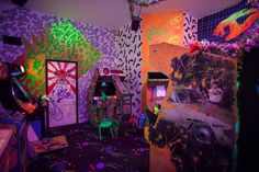 Behind-the-scenes of the Meow Wolf dark ride, Kaleidoscape Meow Wolf Santa Fe, Meow Tattoo, Eternal Return, 90s Art, Mexico Art, Simple Art, Installation Art, Psychedelic, Cool Art