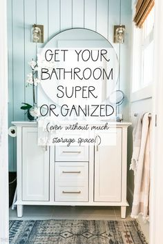 Home Interior Salas How to Organize Your Bathroom (even without much storage space! Blue Home Decor, Cheap Home Decor, White Decor, Small Space Living, Small Spaces, Small Apartments, Storage Spaces, Storage Ideas, Organization Ideas