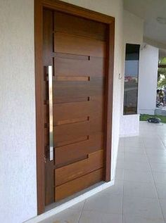 If somebody attempts to compose a story about inner doors, it would certainly be really interesting. Get inspired with our gallery of interior door designs. Surf around for a variety of interior door ideas. Modern Wooden Doors, Wooden Main Door Design, Modern Front Door, Wooden Front Doors, Front Door Design, Wood Doors, Front Entry, Front Design Of House, New Door Design