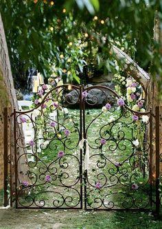 en güzel bahçe kapıları 13