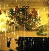 DIY Dollar Store Balloon Drop Balloon drop Dollar stores and
