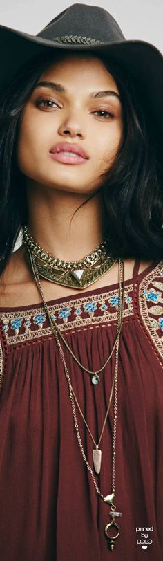 I love this vintage boho look! http://www.thevintagelighthouse.com/ Daniela Braga for Free People   LOLO❤︎