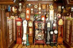 The Hickory Dickory Clock Shoppe in scale was exhibited by Connie Sauve, Stockton, CA, at the 2009 Good Sam Show. Connie is an IGMA Fel. Victorian Dolls, Victorian Dollhouse, Modern Dollhouse, Dollhouse Dolls, Dollhouse Miniatures, Victorian Houses, Miniature Rooms, Miniature Furniture, Dollhouse Furniture