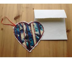Oeuvre originale en forme de coeur à envoyer à par PrettyMatter