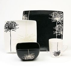 Black and White Dishes Set