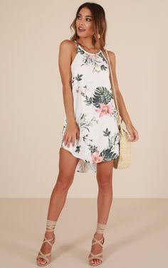 ea162b7859 Complicated Love Dress In White Floral