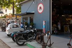 6. The American Pickers' shop, Antique Archeology, in Le Claire.