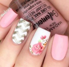 27 Amazing Chevron Pattern Design Nails Pink Nails With Pattern Accent It is trendy to design nails with a chevron pattern. Black and white, green and brown and other color combos for nail art are in. Sparkly Nails, Blue Nails, White Nails, Glitter Nails, My Nails, Blue Glitter, Aztec Nails, White Polish, Brown Nails