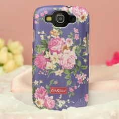 This Cath Kidston case for Samsung Galaxy S3 will keep your samsung S3 at the top of fashion. These lacquered samsung 9300 cases are designed by European designer cath kidston.These cath kidston cases not only personalise your Samsung Galaxy S3, they also help to protect it from scratches, knocks, dust particles.