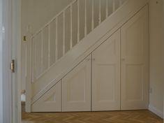 Under stair cupboards oxford carpenter, stair balustrade oxford,