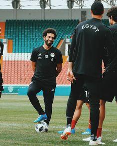 ������ Sport Football, Football Players, Soccer, Egyptian Kings, Mo Salah, Mohamed Salah, I Love Him, Eye Candy, Star