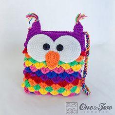 Colorful Owl Purse PDF Crochet Pattern by oneandtwocompany Crochet Handbags, Crochet Purses, Crochet Bags, Owl Purse, Crochet Purse Patterns, Bag Patterns, Crochet Shell Stitch, Crocodile Stitch, Crochet Gifts