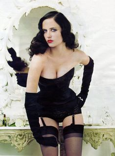 Eva Gaëlle Green (French: [ɡʁin]; Swedish: [ˈɡʁeːn];[1] born 6 July 1980[2][3]) is a French actress and model. She started her career in theatre before making her film debut in 2003 in Bernardo Bertolucci's controversial The Dreamers. She achieved international recognition when she appeared in Ridley Scott's Kingdom of Heaven (2005),