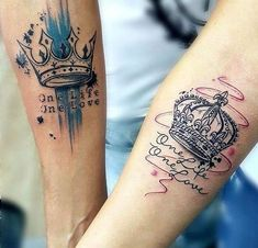 63 Premier King And Queen Tattoos For The Most Wonderful Couples - Tatto Ideas -. - 63 Premier King And Queen Tattoos For The Most Wonderful Couples – Tatto Ideas – - Partner Tattoos, Relationship Tattoos, Him And Her Tattoos, Tattoos For Guys, Hand Tattoos, Sleeve Tattoos, Tatoos, Smal Tattoo, King Queen Tattoo