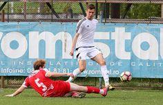 Dinamo II a reușit o semi-surpriză, sâmbătă, pe Romprim. Chiar dacă echipa antrenată de Laurențiu Diniță ocupă o poziție în jumătatea