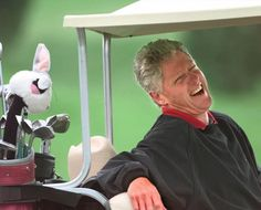 Bill Clinton ~Above, President Clinton enjoys a round at Farm Neck Golf Club in Oak Bluffs, Mass., on Sept. American Presidents, Us Presidents, Disc Golf Scene, Famous Golfers, Golf Handicap, Golf Bags For Sale, Social Trends, I Love To Laugh, Play Golf