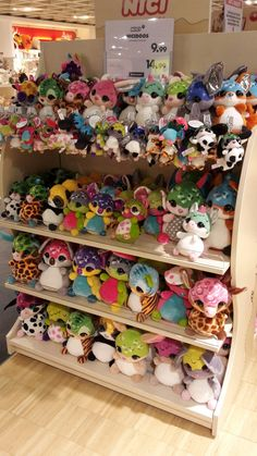 Hier sind wir Merry Christmas, Cute, Stuff To Buy, Plushies, Bedroom, Merry Little Christmas, Happy Merry Christmas, Kawaii, Wish You Merry Christmas