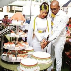 #tshepowedsrachel hashtag on Instagram • Photos and Videos African Wedding Attire, African Attire, African Wear, African Dress, Xhosa Attire, African Love, African Beauty, African Design, African Print Fashion