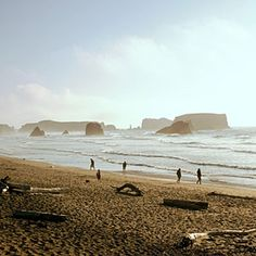 "Sunset's 10 ""best unsung beach towns""...featuring Astoria, Bandon, Cannon Beach, Depoe Bay & Newport."