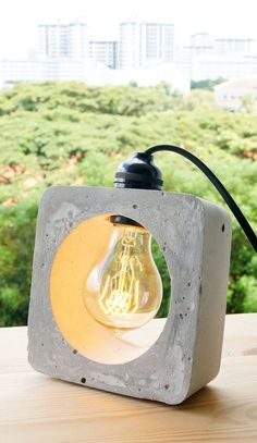 20 groundbreaking DIY projects to make your own handmade lamp . - 20 groundbreaking DIY projects to make your own handmade lamp - Concrete Light, Concrete Cement, Concrete Furniture, Concrete Crafts, Concrete Projects, Concrete Design, Diy Furniture, Concrete Bedroom, Furniture Movers