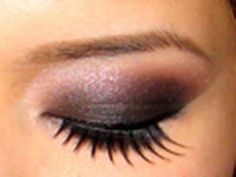 Dramatic Black Smokey Eyes Tutorial