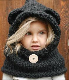 Pequeña Fashionista: Tutorial: Bufanda con capucha