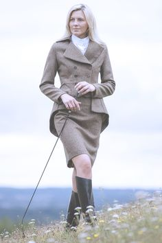 """Great Scot Tailored Tweed Skirt Windsor Tweed 21"""" paired with Lady Mary Jacket"""