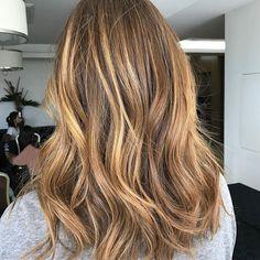 #sunkissed #sunrise on natural #auburn hair created with #parisianbalayage using @lakmecolour! Hair by #bossman @jaye_edwardsandco. #edwardsandco #edwardsandcosurryhills #lakmecolour