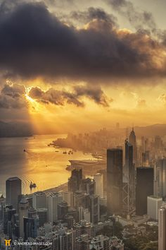 Hong Kong at Sunset from the Peak, stunning Victoria Harbour.