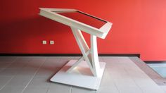 Say cheese ! What a nice profile  and design.   CORAL interactive table by PARTTEAM & OEMKIOSKS. (see more at www.oemkiosks.com)