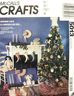 Ornament Crafts, Holiday Ornaments, Christmas Crafts, Christmas Patterns, Christmas Decorations, Victorian Shoes, Victorian Pattern, Book Folding Patterns, Craft Patterns