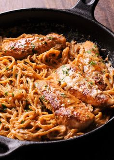 Spicy Chicken Lazone Pasta is a flavorful and easy chicken pasta dinner that comes together in only 30 minutes! Easy to make weeknight pasta dish! This dinner recipe is simple, fast and delicious!Please visit Spicy Chicken Lazone Pasta for full recipes. Louisiana Chicken Pasta, Spicy Chicken Pasta, Chicken Pasta Dishes, Southern Chicken, Shrimp Pasta, Butter Chicken, Chicken Linguine, Pasta Food, Italian Chicken