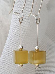 Gold Cat's Eye glass earrings // Glass cube earrings // Cat's Eye earrings // Silver and glass earrings // Handmade earrings // Gift for her