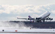 Thai Airways International [TG/THA] / Boeing 747-4D7Jan.27.2018 New Chitose Airport [CTS/RJCC] JAPAN